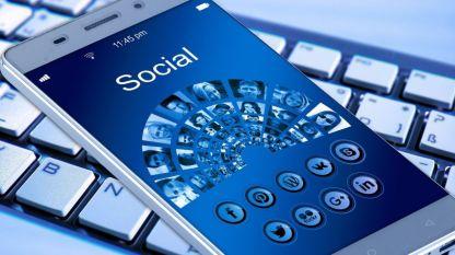 Много хора и компании вече осъзнаха ценната роля и помощ на социалните медии