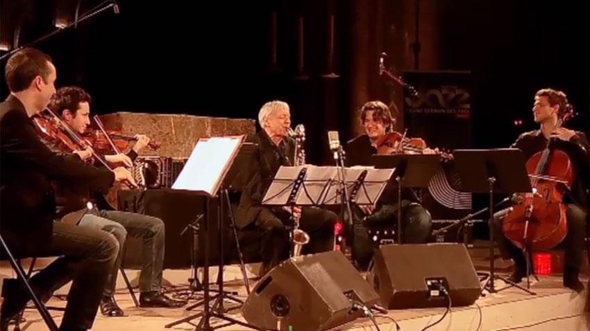 Michel Portal (в средата) с Quatuor Ébène
