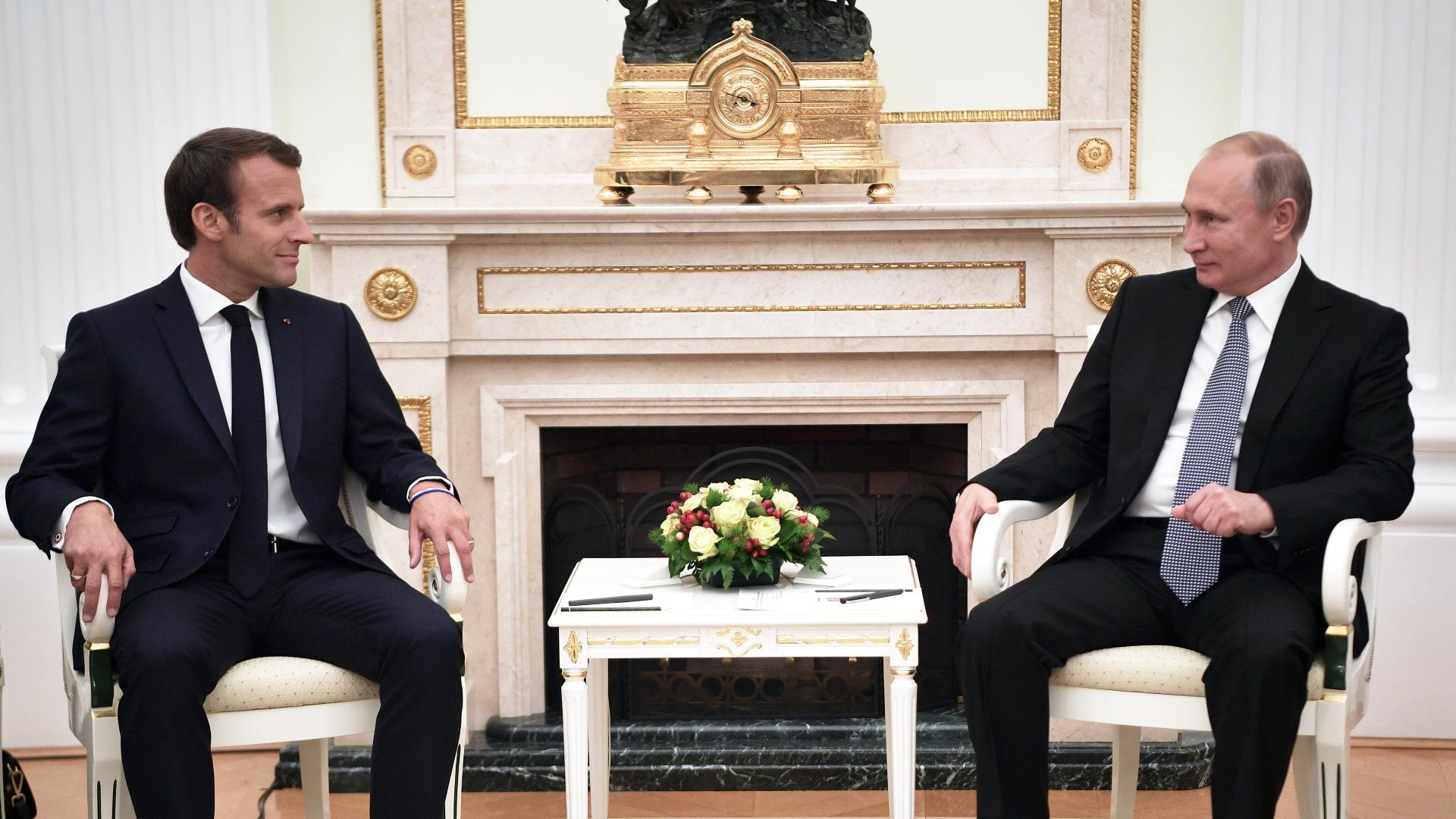 Френският президент Еманюел Макрон, който бе приет в Кремъл два
