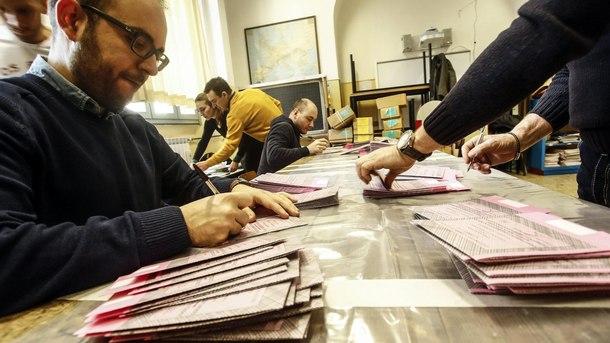 подготовка на изборна секция за общите избори в Италия
