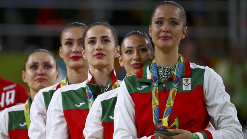 Jristiana Todorova (primera a la de derecha)