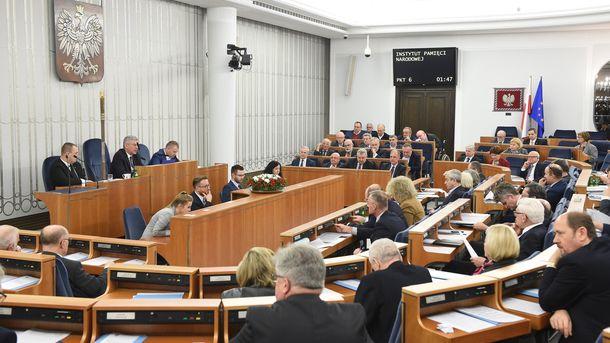 Полският Сенат прие законопроекта в сряда вечерта.
