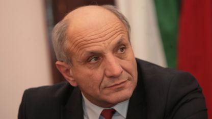 проф. Лозан Митев