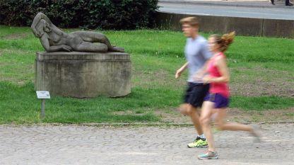 Не отлагайте всекидневните физически упражнения -  колкото и да се леки, укрепват здравето