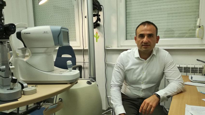 Д-р Александър Оскар
