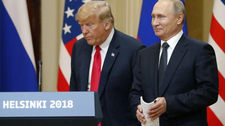 Доналд Тръмп и Владимир Путин на пресконференцията след срещата им в Хелзинки в понеделник.