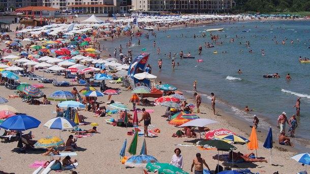Има много сериозна криза на пазара на труда, касаещ туристическата