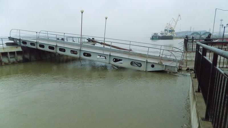 Реката при Лом вчера, 21 март.