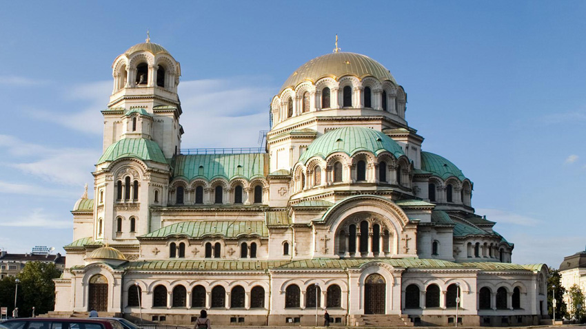 """Патриаршеската катедрала """"Свети Александър Невски"""" отбелязва своя зимен храмов празник"""