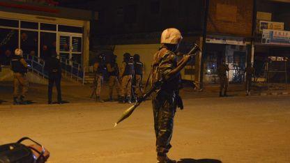 Шестима загинаха при нападение срещу католическа църква в Буркина Фасо.