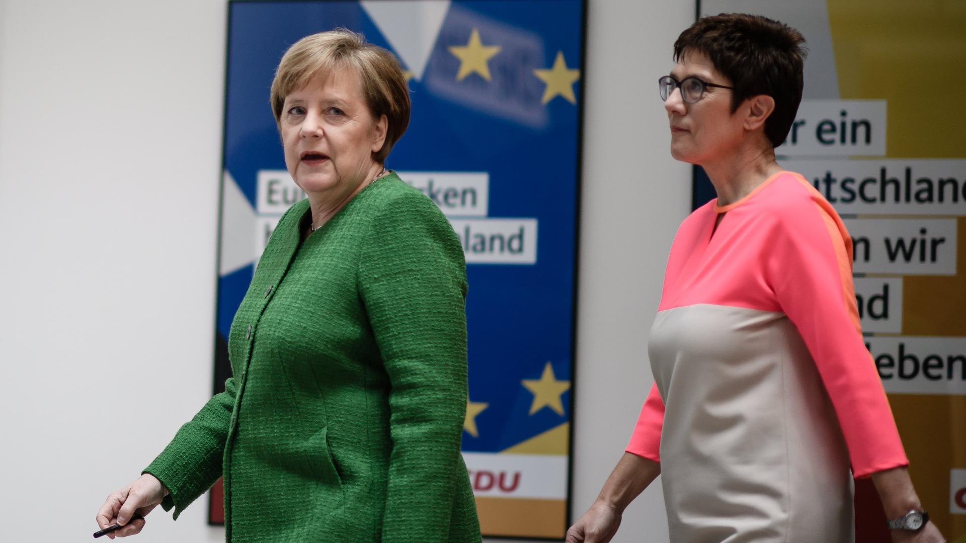Германският канцлер Ангела Меркел посочи политическия си наследник, спекулират днес