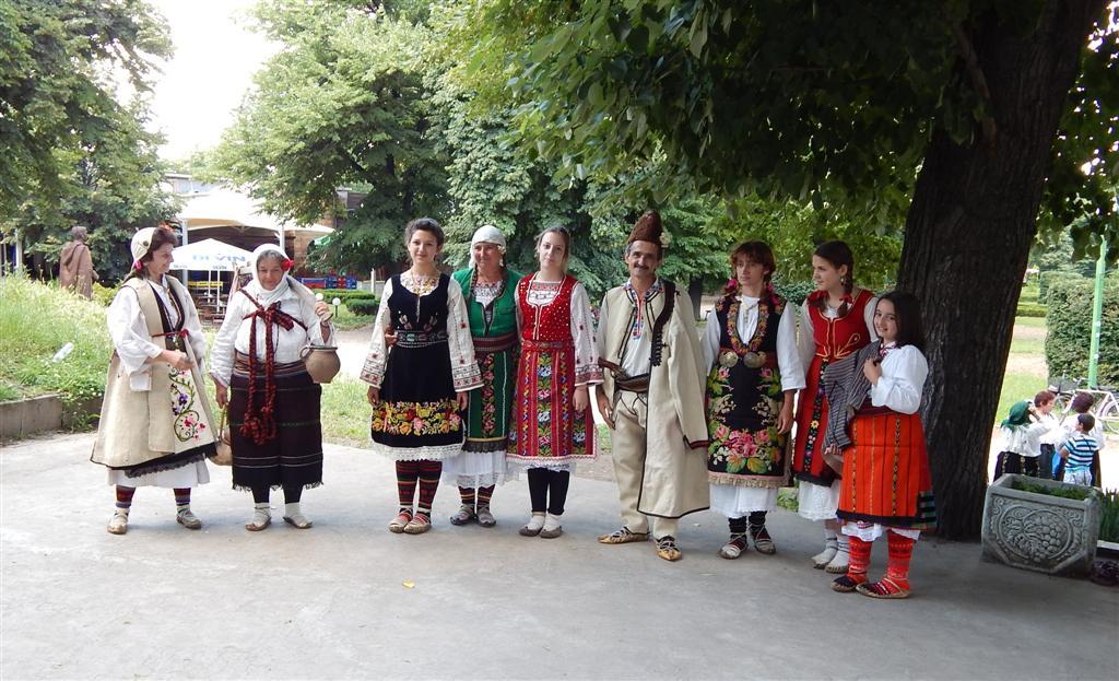 Събор за автентичен фолклор Дунавски ритми`2014 Видин - Конкурс за автентичен костюм