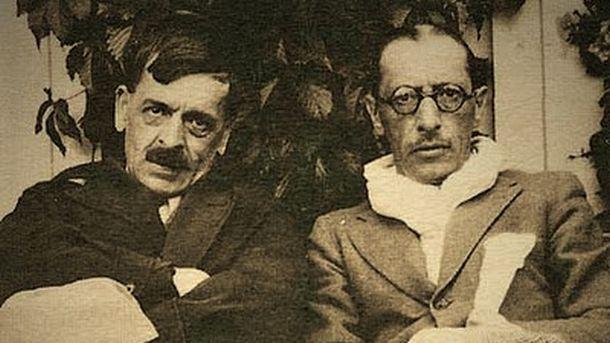 Игор Стравински (вдясно)