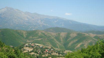 Pamje nga fshati Radovesh