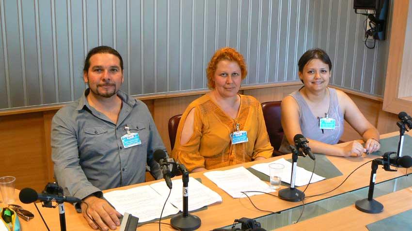 Павел Николов, Наталия Ушкова и Мария Боровик в студиото на предаването.