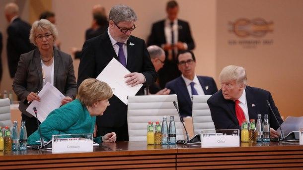 Ангела Меркел и Доналд Тръмп в началото на втория ден от Г-20