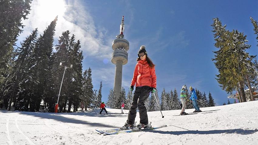 Престижното Световно първенство по ски за журналисти тази година ще