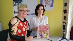 Срещата с Дора Тот (вдясно) е в Младежкия театър