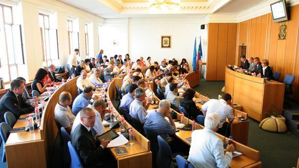 """Общинските съветници от групата на """"БСП за България"""" напуснаха със"""