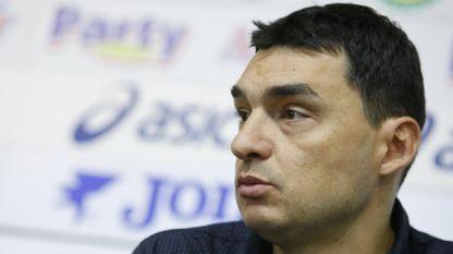 Владимир Николов