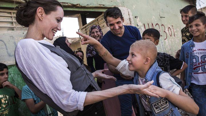 Анджелина Джоли при визитата си в събота в Мосул