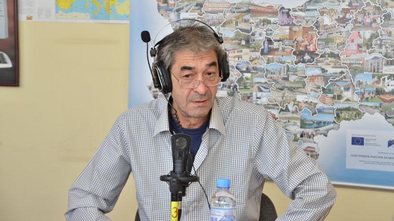 Анастас Попдимитров, директор на Драматично-куклен театър, Враца