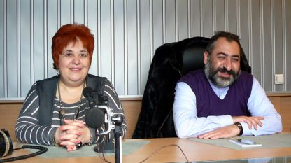 """Вартануш Топакбашян (в ляво) и Исаак Бохосян в студиото на програма """"Христо Ботев"""""""