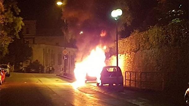 Dün akşam Zadar'da Bulgar plakalı bir otomobil kundaklandı.