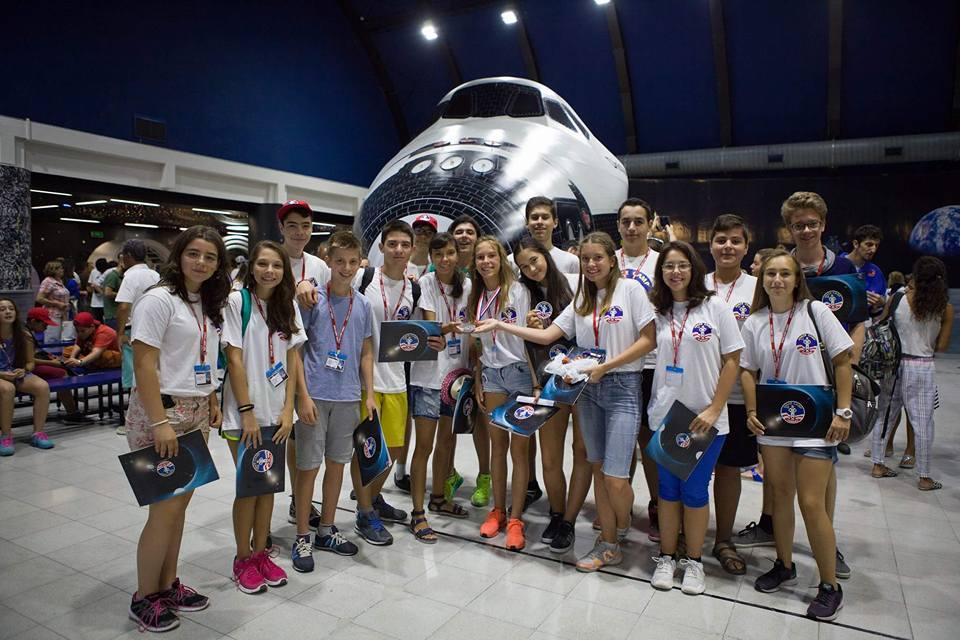 В Космическия център на НАСА в Измир, Снимка: http://cct.bg