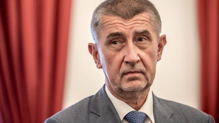 Чешкият министър-председател Андрей Бабиш подписа споразумение за подялба на властта