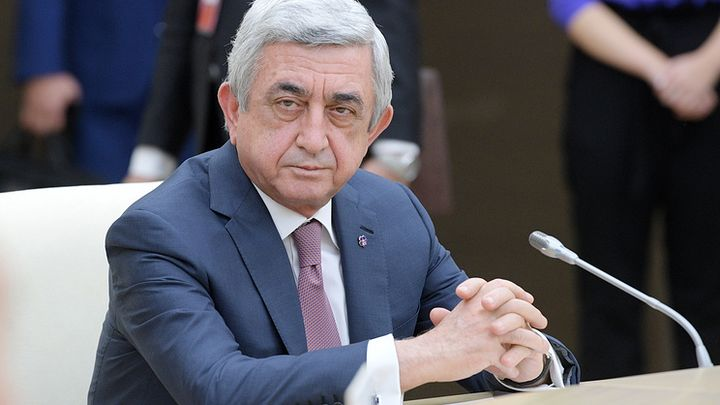 Серж Саркисян (63 г.) бе избран за премиер миналата седмица, след като 10 години бе президент на Армения.