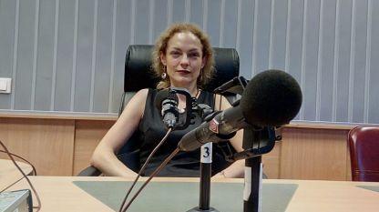 Маргарита Бакрачева в студиото на БНР