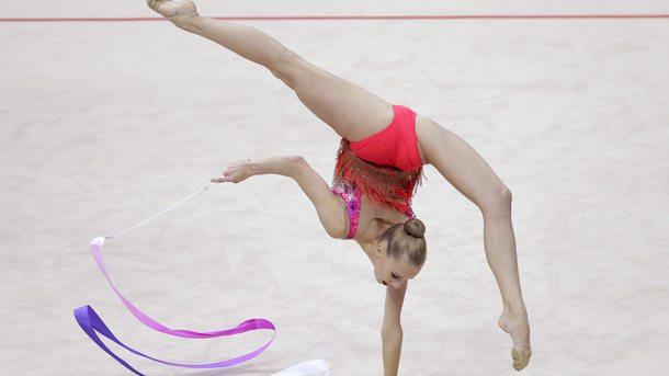 Яна Кудрявцева с три медала от финалите на отделните уреди в Минск