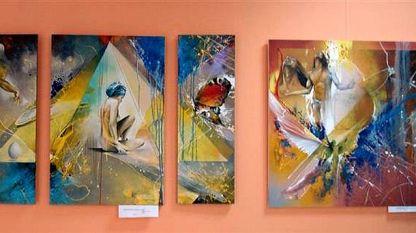 """Картини от изложбата """"Разкриване"""""""