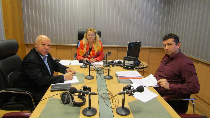 Адвокат Захари Генов, Анелия Торошанова и адвокат Васил Попов  в студиото на