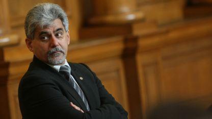 Доц. Милен Михов - депутат от ВМРО