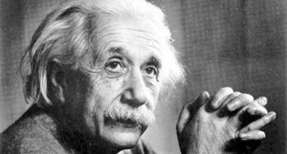 """В по-късните си години Алберт Айнщайн нарича расизма """"болест на белите хора"""" и е един от гласовете, изложили на показ сегрегацията в САЩ."""