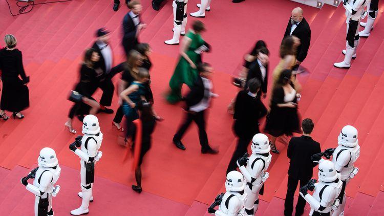 """""""Соло:История от междузвездни войни"""" събра приходи от 83 милиона долара"""