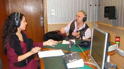 Учителят-ходожник Виолин Неделчев в студиото на Радио София