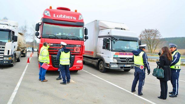 Пътна полиция и ДАИ проверяват товарни автомобила и автобуси по холандска методика при операция в Разградска област
