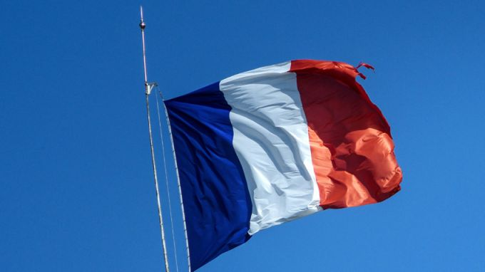 Франция е против преговори със Скопие и Тирана за членство в ЕС