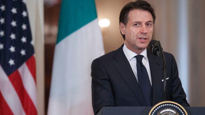 Президентът на Италия прие оставката на премиера Джузепе Конте