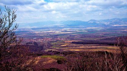 Село Кънчево в Казанлъшката долина