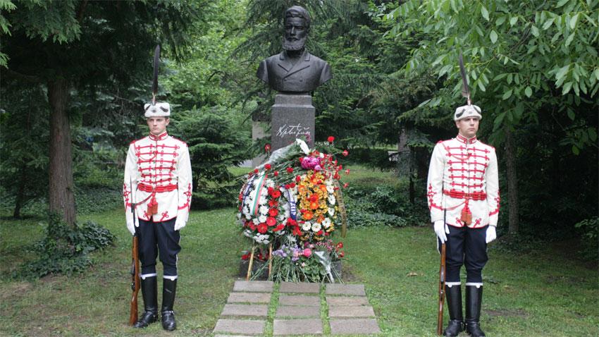 Стотици граждани на Сливен почетоха паметта на поета революционер Христо