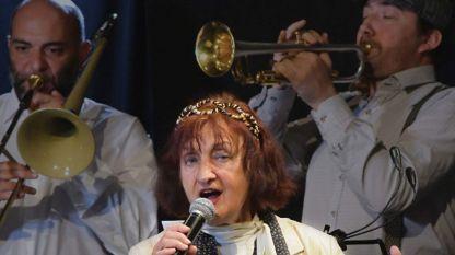 Mimi Nikolova mit Mihail Yossifov und Willi Stojanow im Projekt