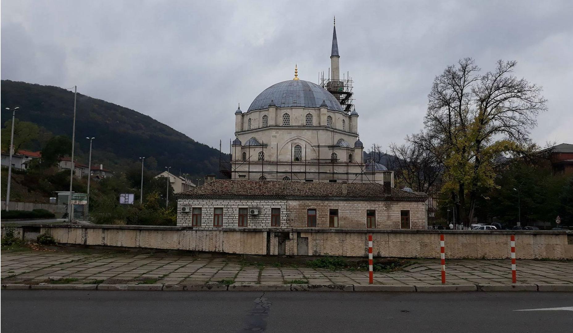 Томбул мечеть