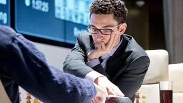 Фабиано Каруана е лидер в турнира в Берлин