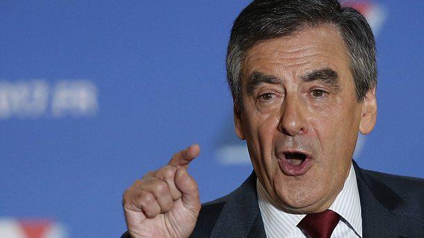 Кандидатът за президент Франсоа Фийон ще откаже приема на повече бежанци, ако спечели изборите