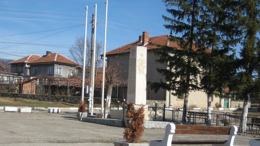Косталево, военен паметник