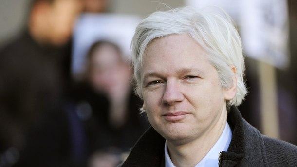 Русия отрече за таен план за бягството на Джулиън Асандж